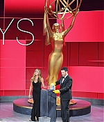 09-19-72ndAnnualEmmyAwards-006.jpg